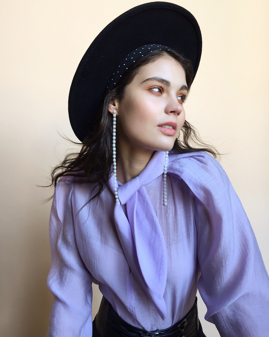Balistarz-model-Marina-Yarosh-shoot-portrait-in-purple-long-sleeve-with-black-cowboy-hat