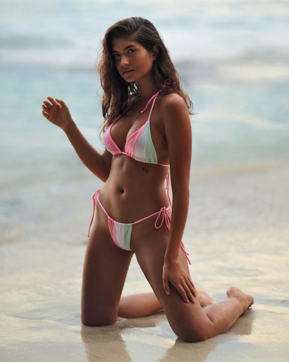 Balistarz-model-Nena-France-beach-shoot-wearing-pastel-colors-bikini