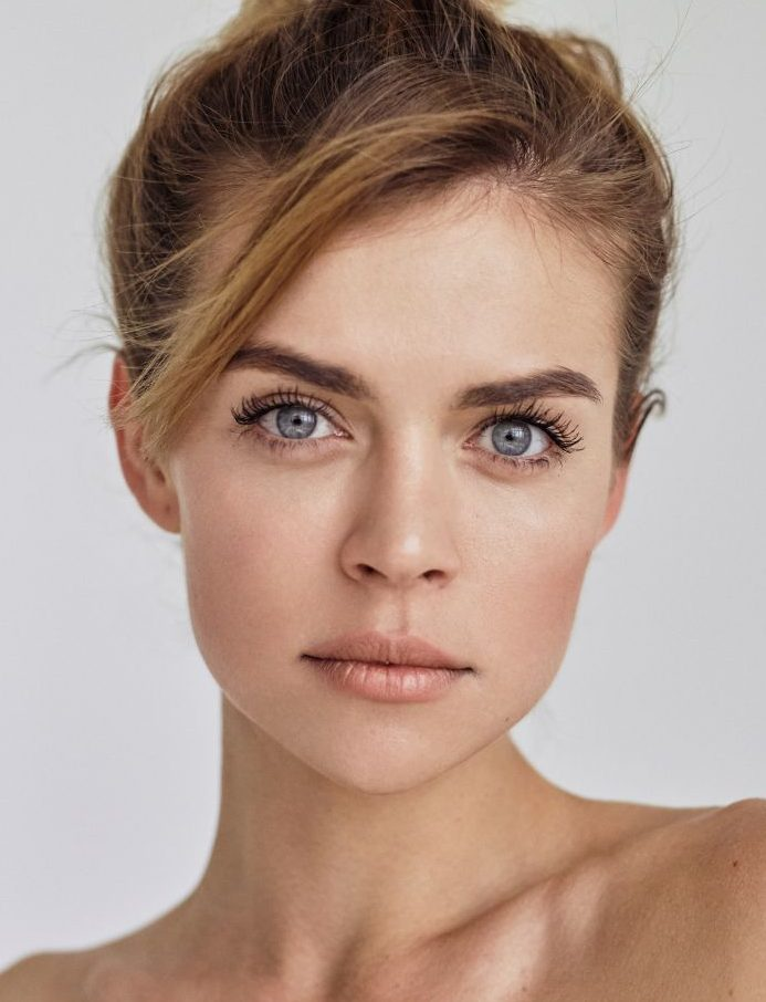Balistarz-model-Olesya-Z-headshot-portrait-shoot-white-background-blue-eyes