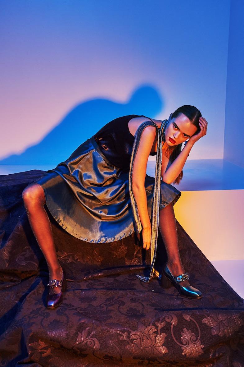 Balistarz-model-Olga-Zinovyeva-portrait-shoot-in-a-grey-dress