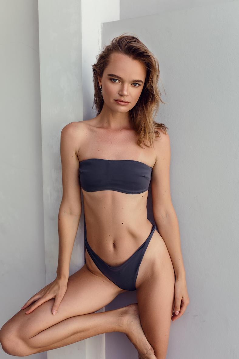 Balistarz-model-Olga-Zinovyeva-portrait-shoot-in-a-purple-swimsuit