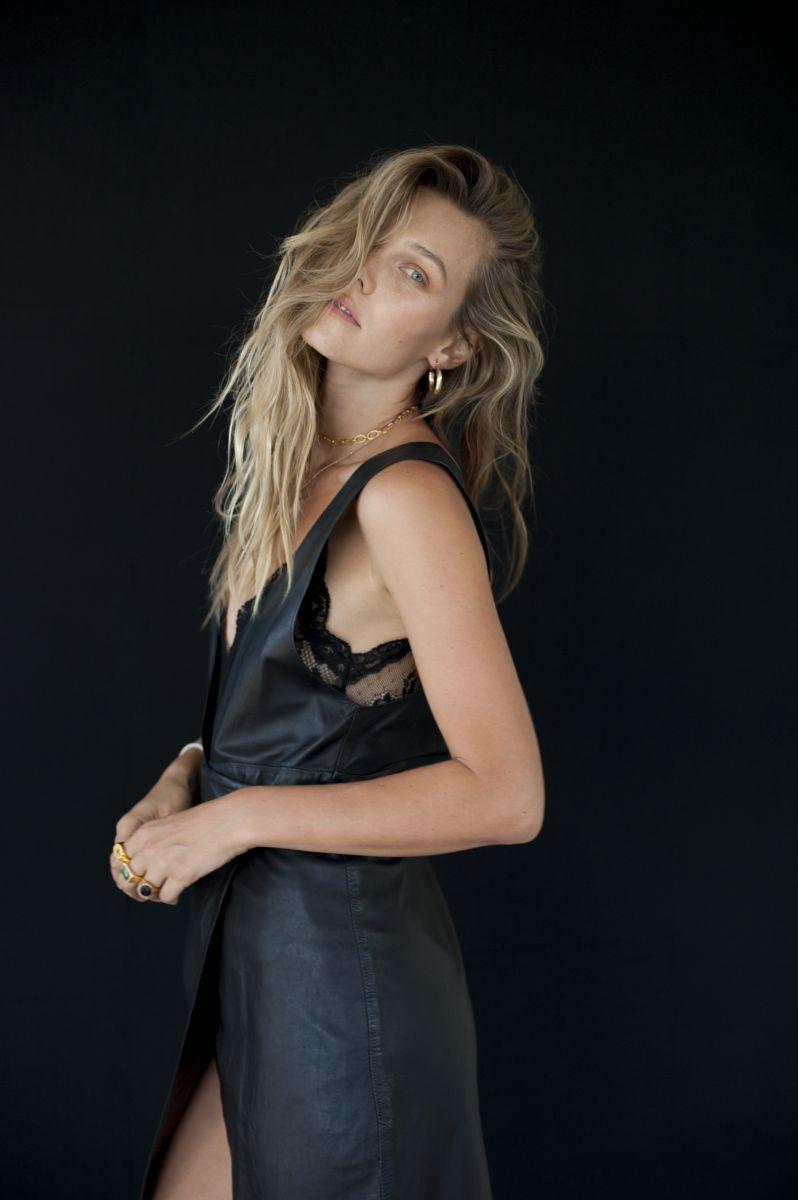 Balistarz-model-Olya-Nechiporenko-fashion-shoot-stunning-in-black-dress