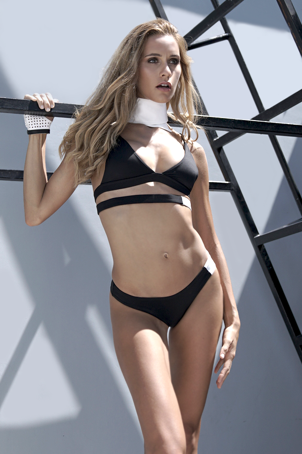 Balistarz-model-Paula-Salort-portrait-shot-in-bikini-by-Zaphina-Collar
