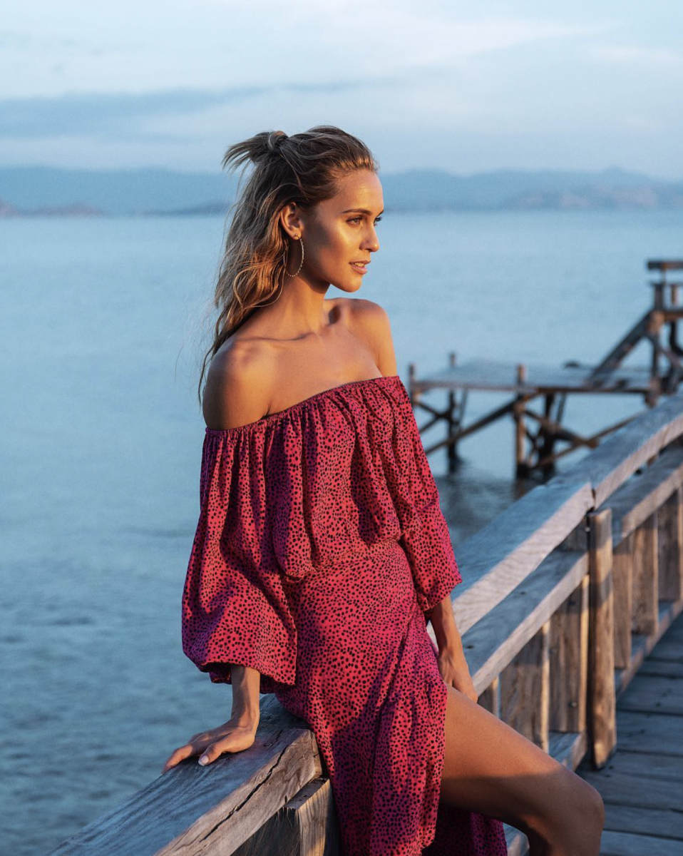 Balistarz-model-Paula-Salort-portrait-shoot-in-a-red-dress-at-the-docks