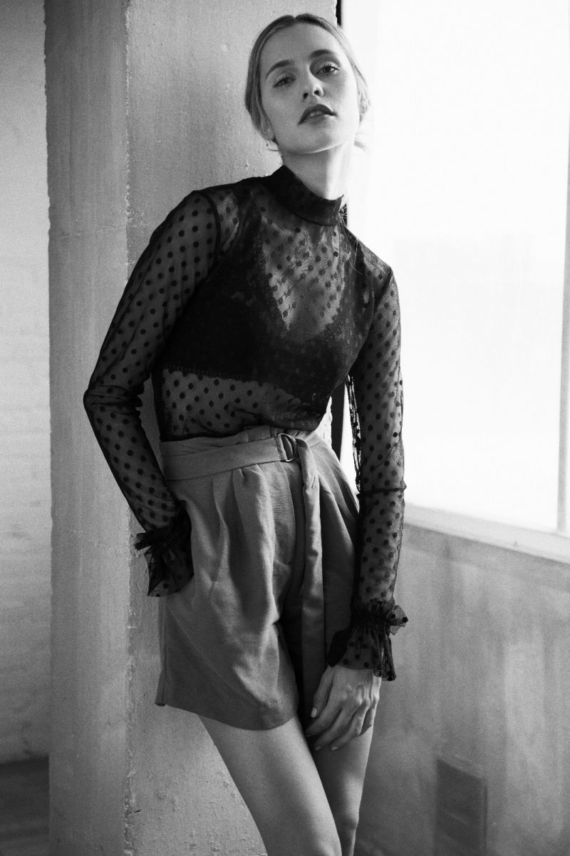 Balistarz-model-Paula-Salort-shot-for-fashion-and-beauty-black-and-white-photo