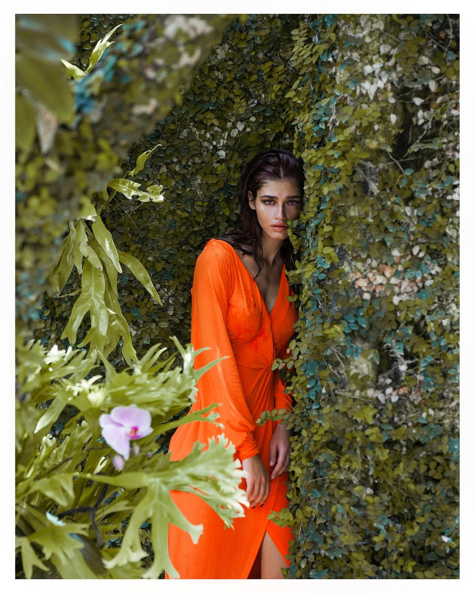 Balistarz-model-Raluca-Cojocaru-in-orange-dress-shoot-at-green-park