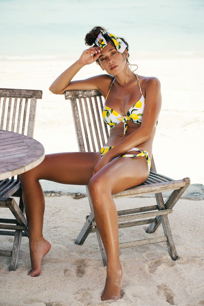 Balistarz-model-Raluca-Cojocaru-swim-wear-shot-for-amore-and-sorvete-yellow-bikini