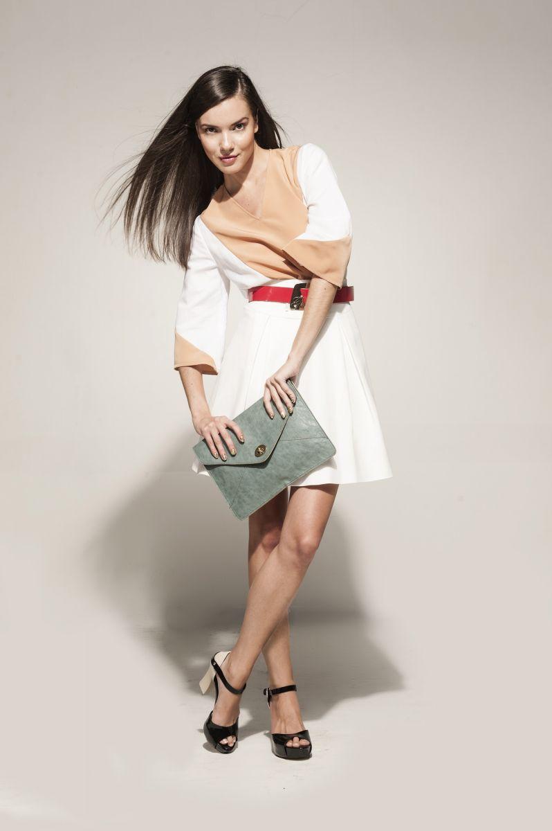 Balistarz-model-Renya-Gorlanova-fashion-shoot-indoor-studio