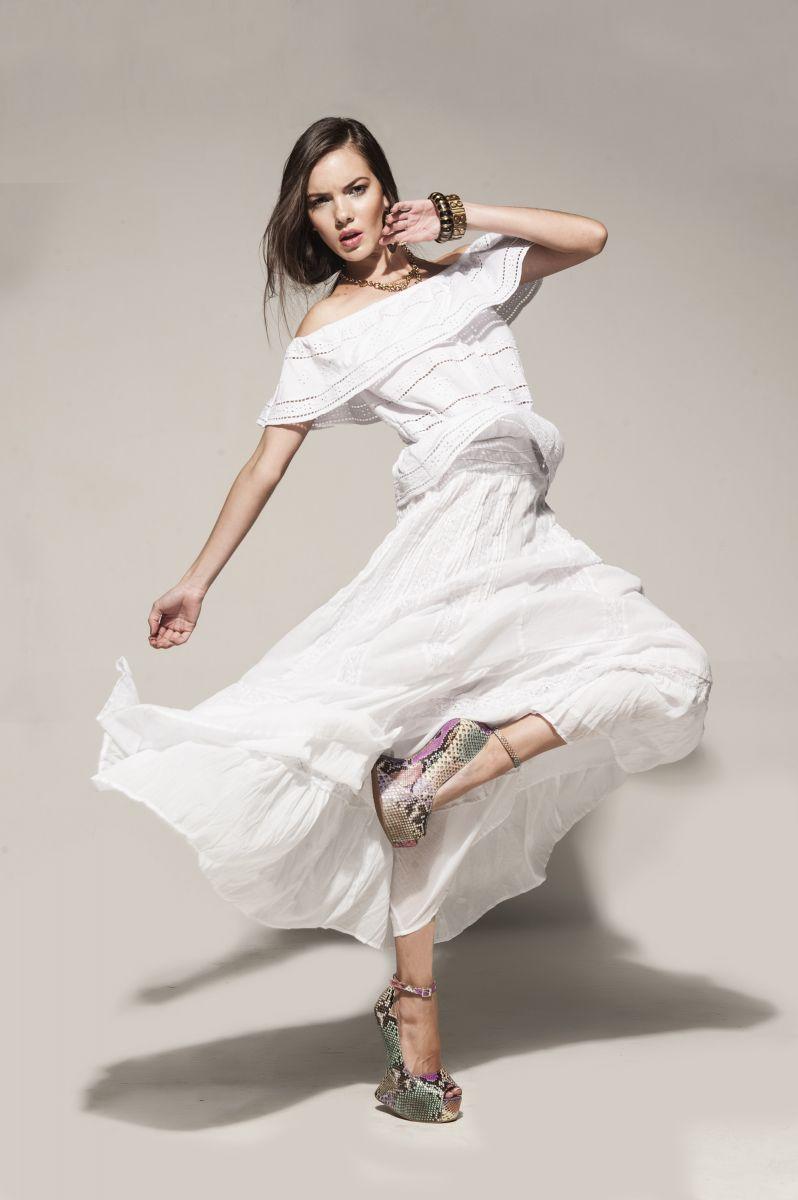 Balistarz-model-Renya-Gorlanova-fashion-shoot-pure-white-gown
