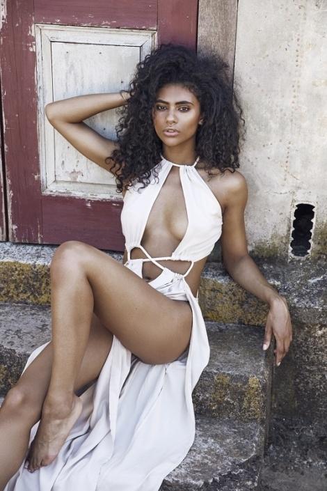Balistarz-model-Rocky-Brower-looks-amazing-sexy-and-hot-wearing-beautiful-long-dress