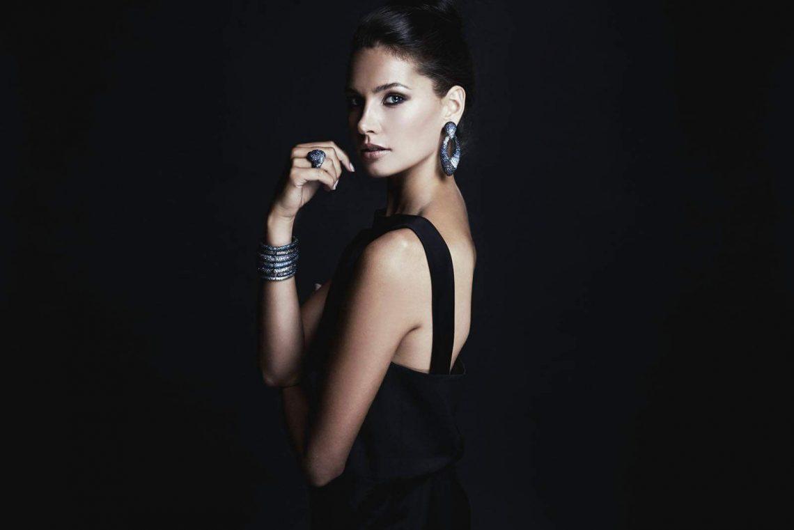 Balistarz-model-Rosalinde-Mulder-beauty-and-high-fashion-in-elegant-black-dress