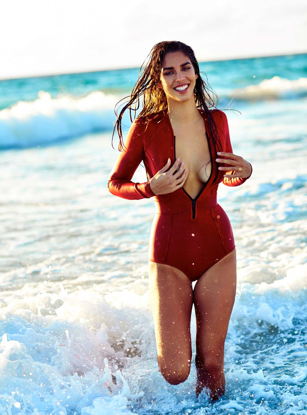 Balistarz-model-Samantha-Garza-potrait-shoot-with-a-red-swimsuit-running-along-with-the-waves