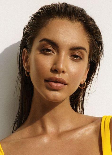 Balistarz-model-Sasha-Apostoliluc-Headshot-Swim
