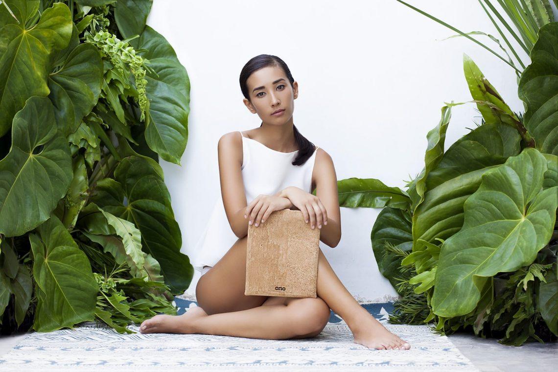 Balistarz-model-Sharon-Coplon-Landscape-shoot-for-Ono-Campaign-white-shirt-and-plants