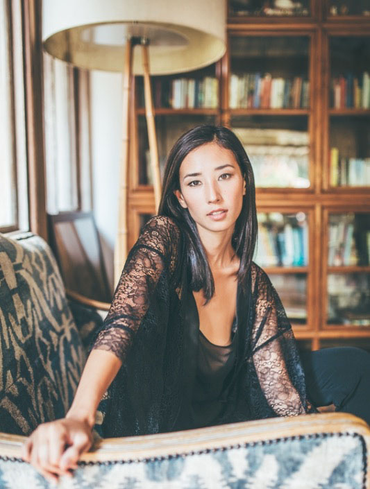 Balistarz-model-Sharon-Coplon-portrait-shoot-on-a-chair-in-sleep-wear