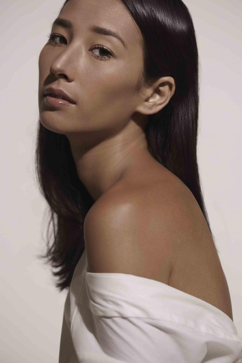 Balistarz-model-Sharon-Coplon-portrait-shoot-with-a-white-top