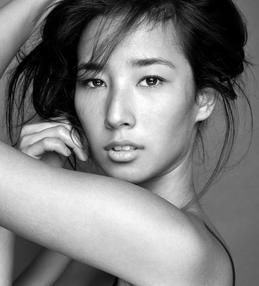 Balistarz-model-Sharon-Coplon-headshot-black-and-white-portrait-shoot