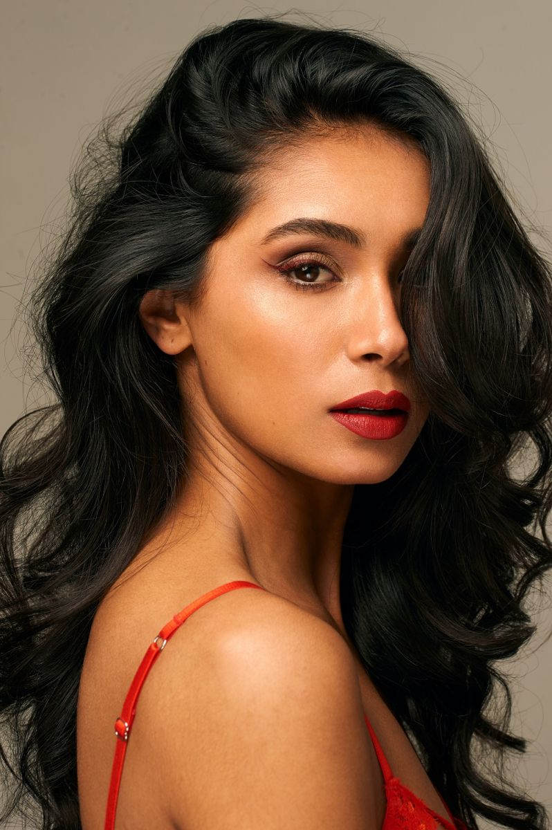 Balistarz-model-Shree-Patel-portrait-closeup-shoot-in-lingerie