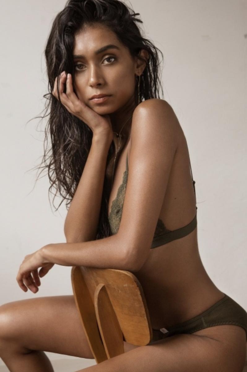 Balistarz-model-Shree-Patel-portrait-shot-on-a-chair-with-lingerie