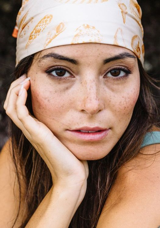 Balistarz-model-Stephanie-Baier-headshot-closeup-portrait-shoot-with-a-bandana