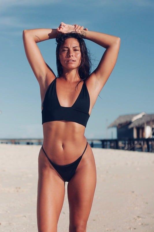 Balistarz-model-Stephanie-Baier-portrait-shoot-in-a-black-swimsuit