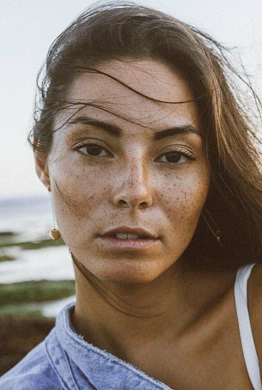 Balistarz-model-Stephanie-Baier-headshot-portrait-closeup-shoot-with-a-denim-jacket