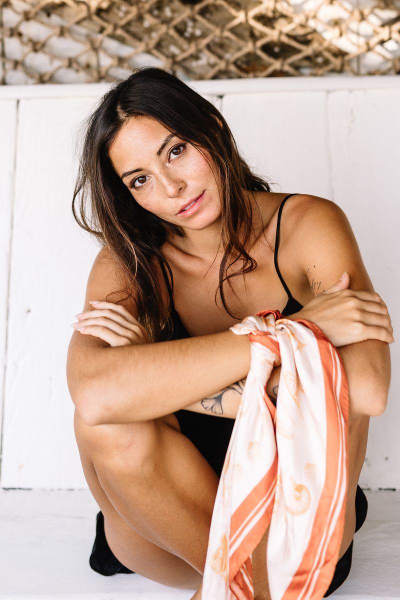 Balistarz-model-Stephanie-Baier-portrait-shoot-sitting-in-a-black-bikini