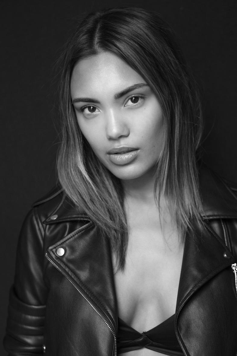 Balistarz-model-Stephanie-Taylor-black-and-white-portrait-shoot-in-a-leather-jacket-for-Jakub-Koziel