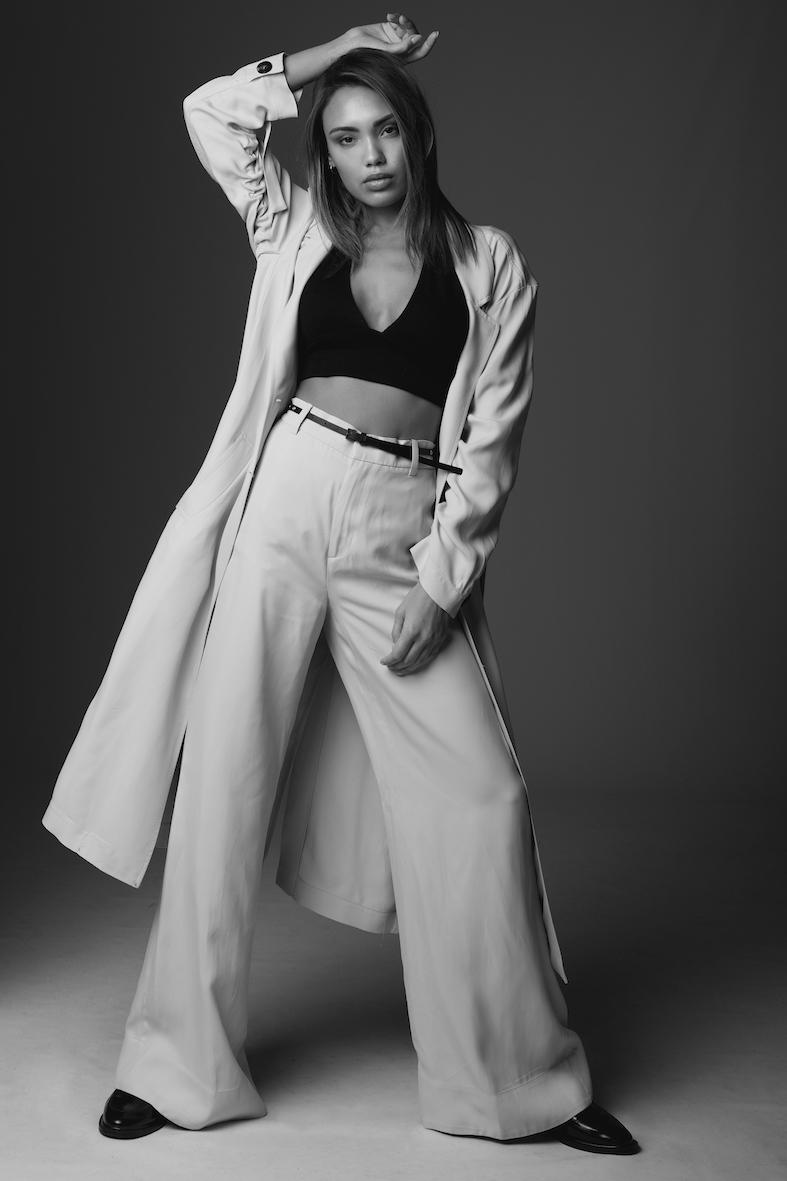 Balistarz-model-Stephanie-Taylor-black-and-white-portrait-shoot-for-Jakub-Koziel