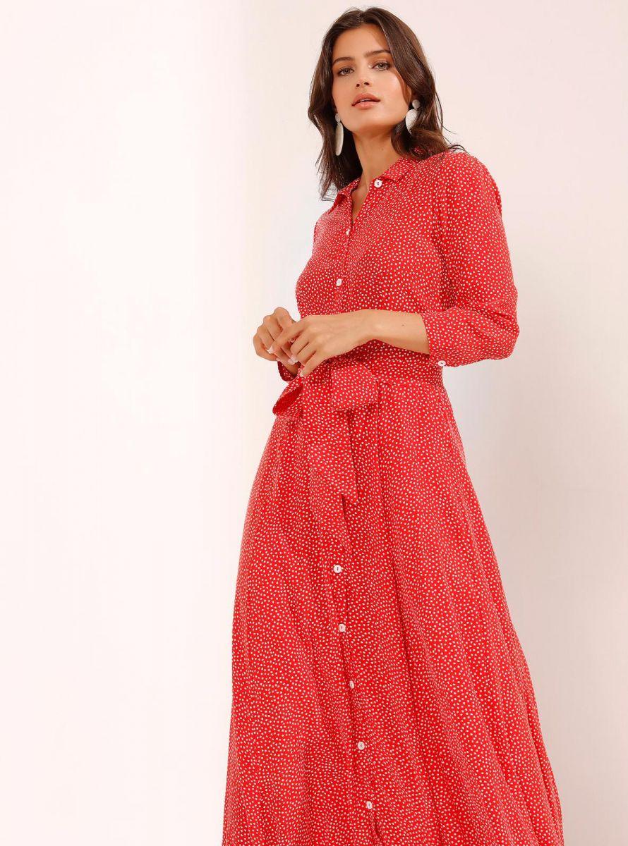Balistarz-model-Thea-Bull-portrait-shoot-looking-elegant-in-a-polka-dot-red-dress