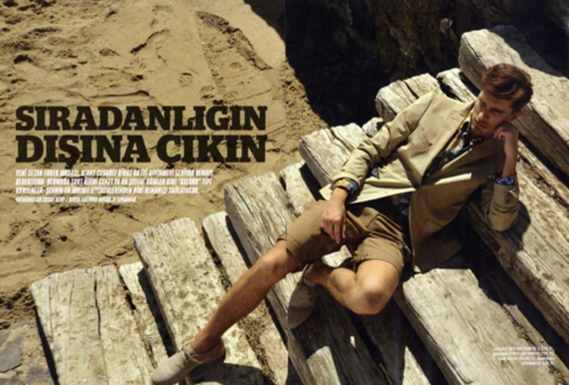 Balistarz-model-Tobi-Klanner-portfolio-shot-for-magazine-spread-out-door-style
