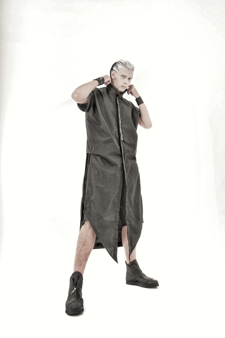 Balistarz-model-Vladislav-Shemyakin-portrait-shoot-in-a-stylish-outfit