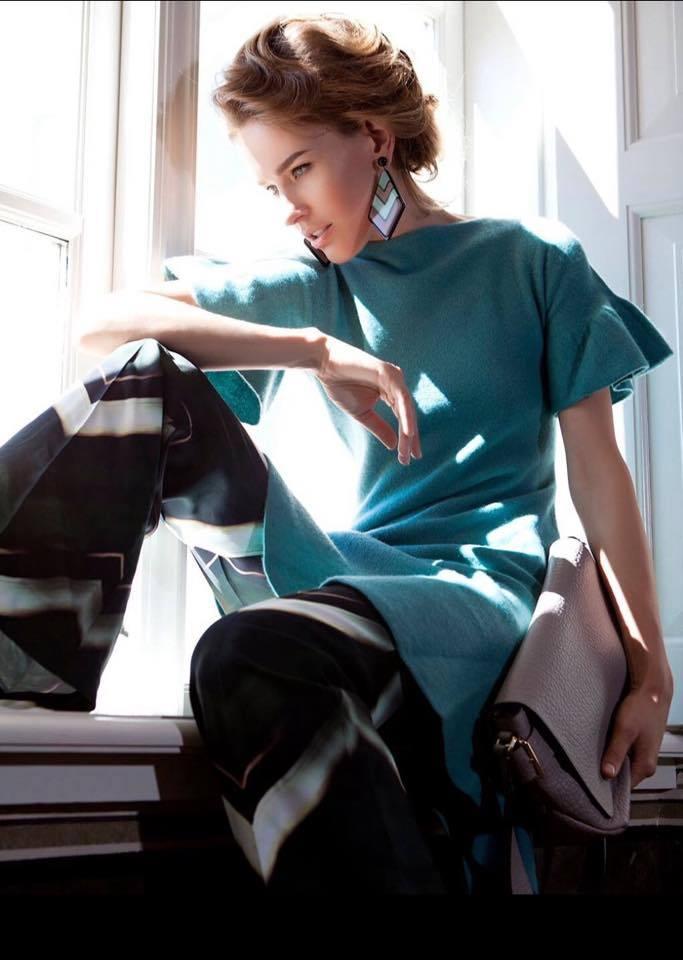 Balistarz-model-Zane-Garlaskelli-fashion-shot-for-business-outfit-high-fashion-window-lighting-shot