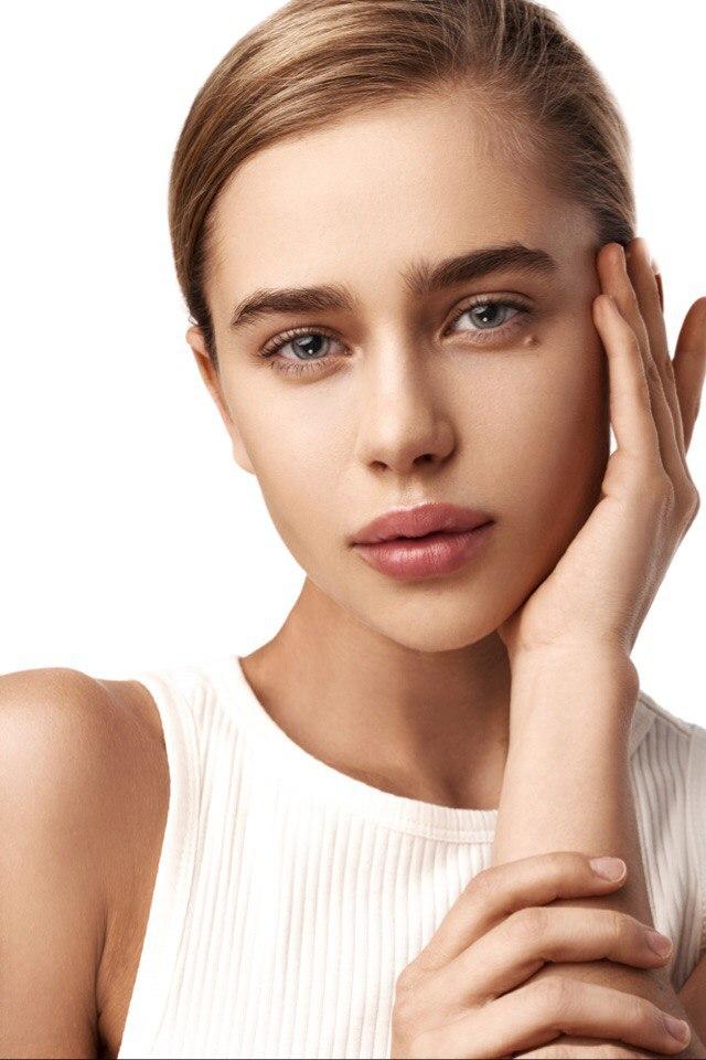 Balistarz-model-Kristina-Gwiazda-beauty-headshot-portrait-profile