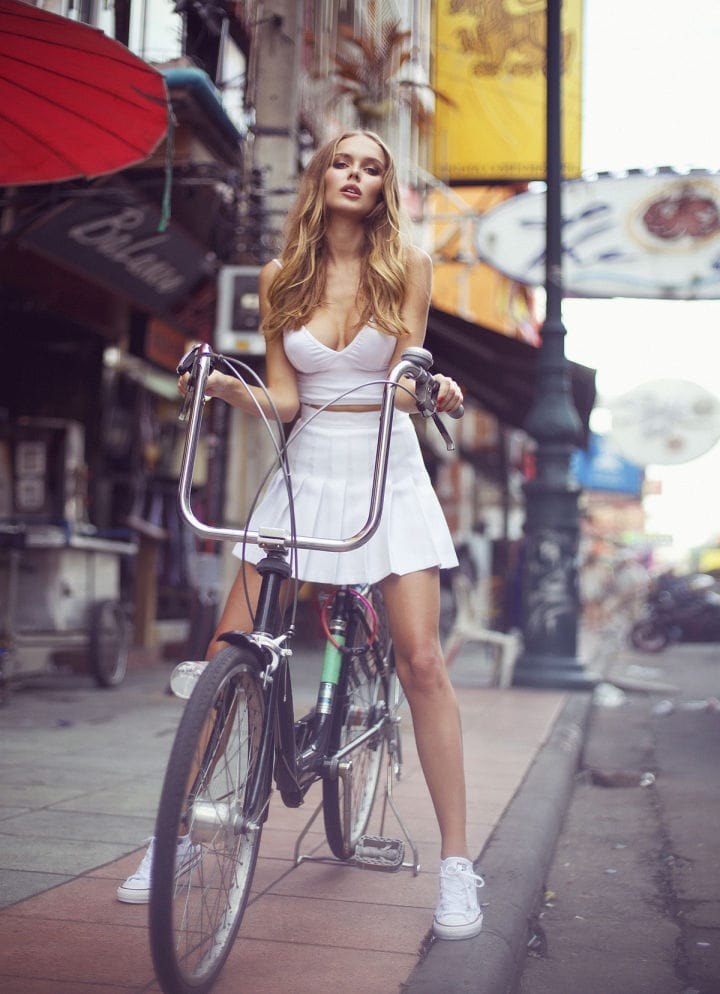 Balistarz-model-Angelina-Boyko-portrait-shoot-with-a-bicycle-and-a-white-dress